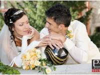 Extravagantny svadobny oblek