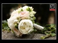 Svadobna kytica z pivoniek
