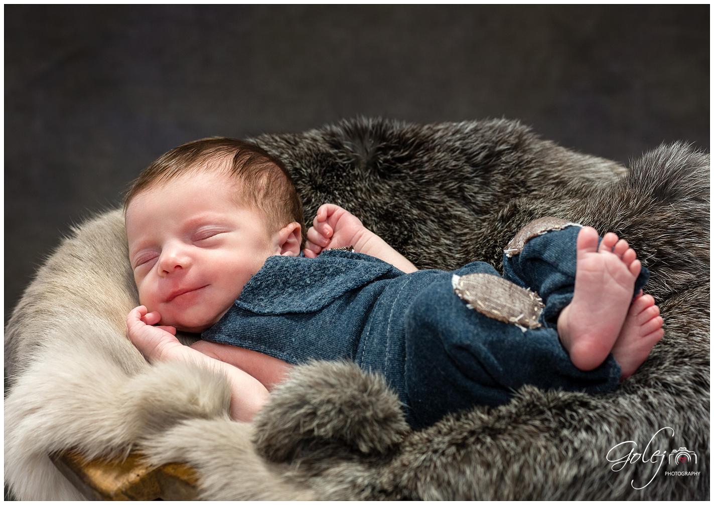 Atelierove novorodenecke fotky