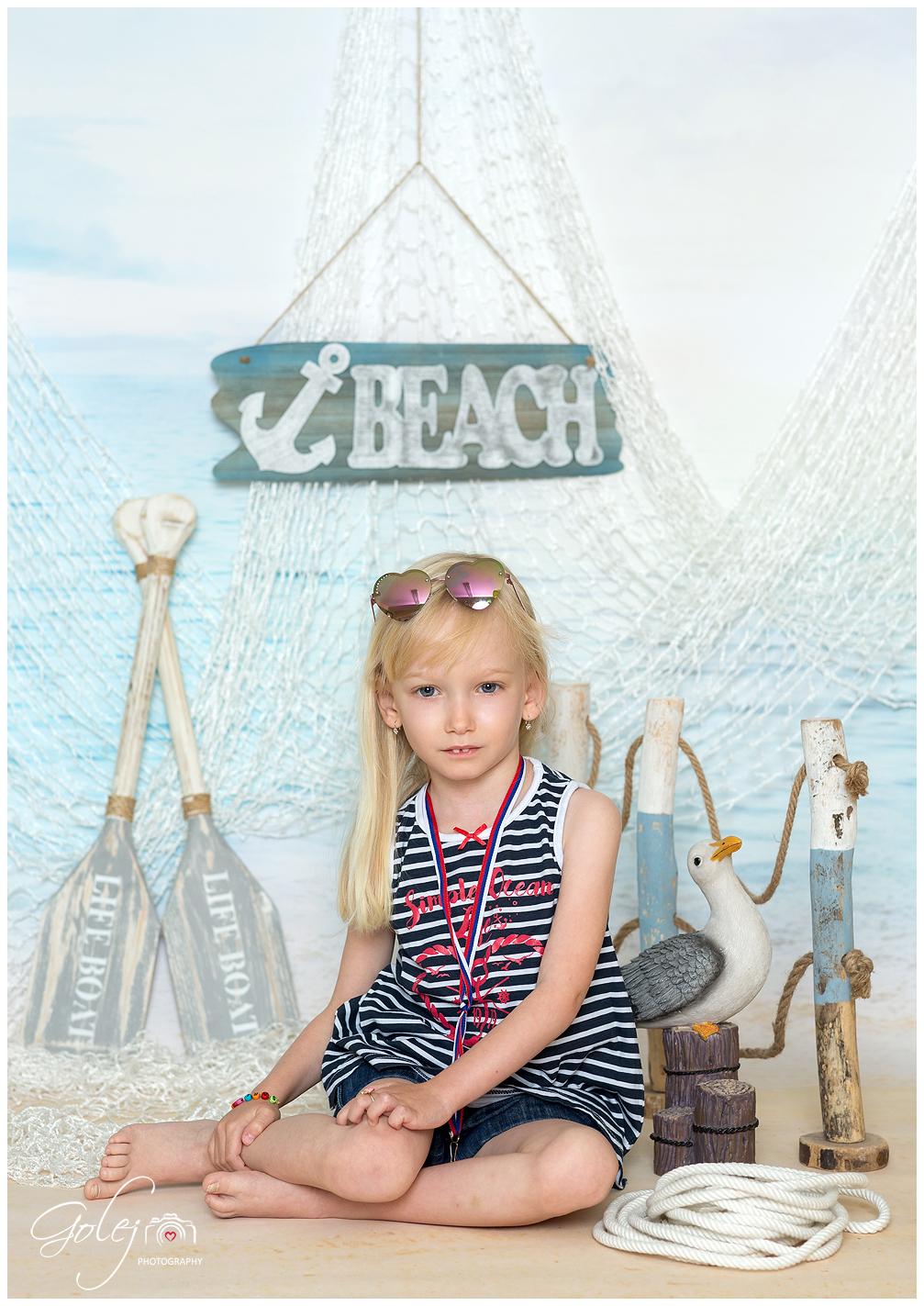 Deti na plazi 003